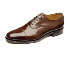 Simple capped oxford shoe, handcrafted in India.