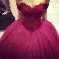 YAY OR NAY!? ❤️ #Dress Tag Your Friends! 👇 • 🚨 For shopping Link in Bio 🚨