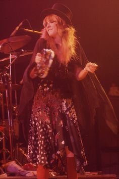 Fleetwood Mac at 'The Forum', Inglewood, CA - December 19, 1975