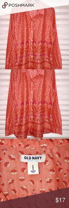 Old Navy Long Sleeve Paisley Top Beautiful Old Navy Long Sleeve Paisley Top, Size L, Great Condition, worn a few times. Old Navy Tops Button Down Shirts