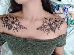 The Best Collar Bone Tattoos Front Shoulder Tattoos, Shoulder Tattoos For Women, Flower Tattoo Shoulder, Chest Tattoo Flowers, Front Neck Tattoo, Flower Neck Tattoo, Dahlia Tattoo, Chest Tattoos For Women, Chest Piece Tattoos