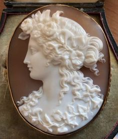 Victorian cameo of Flora, in a Saulini case.