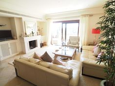 2 bedroom Apartment for Long Term Rent in Valgrande Urbanization
