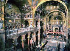 L'interno della Basilica Cattedrale Patriarcale di San Marco, che è la chiesa cattedrale dell'arcidiocesi cattolica romana di Venezia