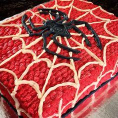 Spiderman cake. Pastel decorado con betun de mantequilla. Manle treviño.