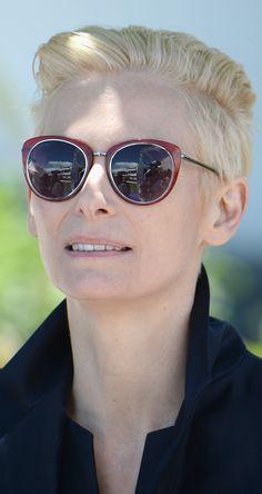 Tilda Swinton's glasses