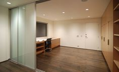I like the sliding doors to mark off space.
