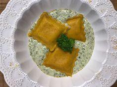 Raviólis De Açafrão Com Limão Siciliano Pasta, Palak Paneer, Italian Recipes, Vegan Vegetarian, Carne, Dairy, Cheese, Cooking, Ethnic Recipes