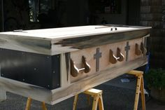the accompanying story is touching as well. Diy Projects To Try, Wood Projects, Pet Caskets, Green Funeral, Funeral Sprays, Casket Sprays, After Life, Handmade Wooden, Woodworking Projects Plans