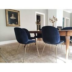 beetle chair - Google-søgning Beetle Chair, Dinner Room, Beautiful Dining Rooms, Dining Room Inspiration, Dining Table Chairs, Living Room Kitchen, Decoration, Interior Design, Home Decor