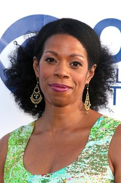 #62: Sleeked Back Coils  Source For CBS Summer Soiree Kim Wayans needed an elegant formal look that she effortlessly got with a chic natural half up half down style. Carefully sleeking her natural coils back, Kim's stylist let them spring out at the nape. PREV62 of 70NEXT