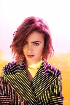 Lily Collins Talks Dating, Abercrombie & Fitch and Teen Pregnancy Phil Collins, Lily Collins Style, Hollywood, Celebrity Portraits, Glamour, Short Hair Styles, Hair Cuts, Hair Beauty, Women