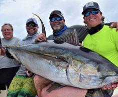 260 lb yellowfin caught on an Salt Water Fish, Salt And Water, Yellowfin Tuna, Spanish, Friday, Instagram, Spanish Language, Spain