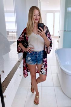 My favourite summer layering piece - Perfect for the beach, as a light jacket, or an effortless item to wear around your home. {Kimono from Nomad by Elroy} Floral Kimono, Kimono Top, Summer Outfits Women, Light Jacket, Every Woman, Summer Wardrobe, Layering, Feminine, Beach
