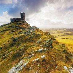Unterwegs in England .... 🇬🇧 #stmichaelderupe #brenttor #england #wanderlust #instatravel #getaway #euro2016 #tripadvisor…