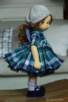 Waldorf inspired doll by Julilale Baby Pop, Realistic Baby Dolls, Waldorf Toys, Sewing Dolls, New Dolls, Boy Doll, Soft Dolls, Doll Crafts, Fabric Dolls