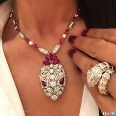 SUNDAY SNAKES!!! Not as fierce as they look!!! This @bulgariofficial ruby and diamond serpenti necklace has to be one of the most beautiful I have ever seen.... simply magnificent in every way!!! From Bulgari @balharbourshops , Bulgari at its finest! ❤️❤️❤️️❤️️❤️️❤️️❤️️❤️️❤️️❤️️❤️️❤️️