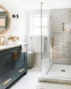 Diy Bathroom Remodel, Bathroom Remodeling, Basement Bathroom Ideas, Small Master Bathroom Ideas, Master Bathrooms, Bathroom Layout, Master Bathroom Shower, Remodeling Ideas, Small Bathroom Renovations