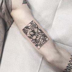 "Golden Iron Tattoo Studio on Instagram: ""Death tarot card by Taylor. _____________________________________________ @lilindigotattoo ______________________________________________…"" Tattoos 3d, Bild Tattoos, Finger Tattoos, Sleeve Tattoos, Cool Tattoos, Tatoos, Anchor Tattoos, Feather Tattoos, Nature Tattoos"