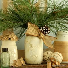 Gold Marbled Mason Jar -- add a marbled effect to a white mason jar for a fun fall or winter display! Christmas Time, Christmas Crafts, Christmas Decorations, Holiday Decor, Christmas Ideas, Mason Jar Crafts, Mason Jars, Country Chic Cottage, Low Country