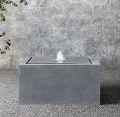 "32"" Plinth Fountain 
