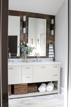 43 Stunning Rustic Modern Bathroom Design Ideas Ideas 54 Bathroom Decor Ideas Luxury Furniture Living Room Ideas Home Furniture Contemporary 9 Modern Farmhouse Bathroom, Rustic Bathroom Decor, Rustic Bathrooms, Modern Bathroom Design, Rustic Farmhouse, Bathroom Designs, Bathroom Wood Wall, Bathroom Lighting, Bathroom Niche