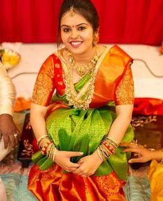 Silk Saree Blouse Designs - Pink Maggam Work Blouse For Green Pattu Saree Kerala Bride, Hindu Bride, Marathi Bride, Marathi Nath, Marathi Wedding, Sari Bluse, Hot Girls, Telugu Brides, Bridal Blouse Designs