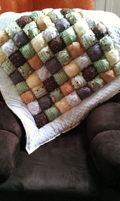 Baby Monkey Puff Quilt by Bella406 on Etsy
