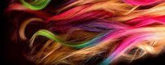 أضرار صبغة الشعر و التعامل مع كل منها     تعطي الصبغة لونا جذابا للشعر و يمكن اختيار اللون المفضل و لكن هل للسبغة أضرار؟ متى يمكن استخدامها و هل هي آمنه للحوامل؟ قد تسبب السبغة حساسية في العين و الأذن و الوجه و فروة الرأس نتيجة للمواد الكميائية التي تحتوي عليها, قد �