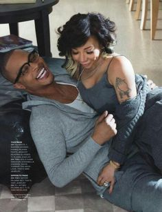 I WANT YOU TWO TO STAY TOGETHER.......Stewart Little looks so happy with Tia.......TI & Tiny....cute couples style