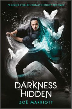 The Name of the Blade, Book Two: Darkness Hidden, first UK paperback cover. Photography by Larry Rostant, design by Maria Soler Canton.
