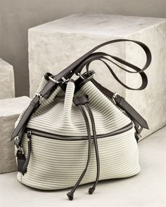 bf2d67daccf12 47 en iyi kadin canta görüntüsü | Bags, Purses ve Beautiful bags