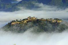 chateau takeda japon chateau dans les nuages 2   Le chateau Takeda au Japon, un chateau flottant dans les nuages   video Takeda ruine nuage ...