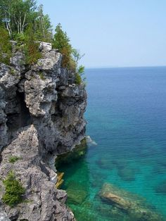 Tobermory, Ontario (some of the most beautiful (cold) water you'll ever see)