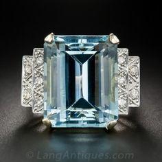 21 Carat Aquamarine, Diamond and Rose Gold Retro Cocktail Ring