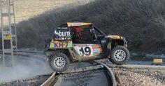 El piloto del equipo KH-7 Polaris se ha impuesto en la categoría de Buggys de la Baja Tierras del Sur y suma su tercera victoria consecutiva en el Campeonato de España de Rallys Todo Terreno. Monster Trucks, Victoria, Vehicles, Atvs, Sports, Car, Vehicle, Tools
