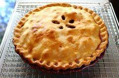 Apple pie - L'apple pie è uno dei dolci classici della tradizione anglosassone, una delle torte di mele più famose del mondo: la crostata di Nonna Papera, per intenderci - Parliamo di Cucina