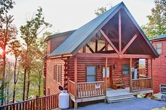 Relaxing cabin rental in Pigeon Forge, Tennessee. Gatlinburg country. I like the mountain view. Would like to sit on the back porch with a hot cup of coffee and just relax. I day dream of having nothing to do one day.