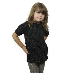 Short sleeve, organic cotton, kids tee with a glow-in-the-dark stars design depicting the constellations system. Available in size 2T-11/12yrs.