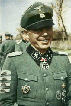 SS-Obersturmbannführer Vinzenz Kaiser (1902-1945), Kommandeur SS-Panzergrenadier Regiment 38, Ritterkreuz 06.04.1943, Eichenlaub (kein Nachweis im BA) 19.04.1945