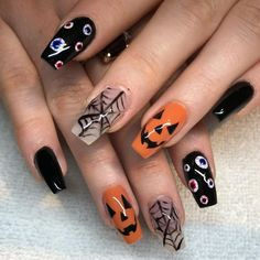 Magnificient Spooky Halloween Nail Art Designs Ideas To Try - While this is not a good way of making fair assessments, it is what happens on the ground. Therefore, it would be wise to be prepared. Holloween Nails, Cute Halloween Nails, Halloween Acrylic Nails, Spooky Halloween, Fall Acrylic Nails, Halloween Nail Designs, Fall Nail Designs, Acrylic Nail Designs, Halloween Ideas