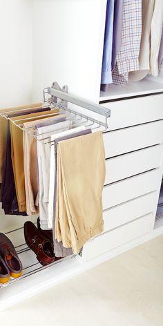 Accede a tus pantalones con mayor facilidad gracias a los pantaloneros extraíbles. - Leroy Merlin