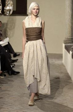 Daniela Gregis. Reminds me of how Little Edie of Grey Gardens wrapped and tucked her scarves.