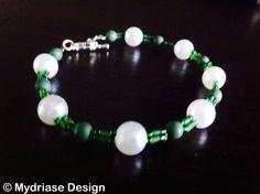 Bracelet deux cordes fait à la main vert.