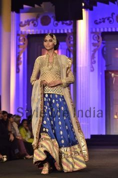 Meera and Muzaffar Ali at Aamby Bridal Fashion Week 2012 #lehenga #choli #indian #shaadi #bridal #fashion #style #desi #designer #blouse #wedding #gorgeous #beautiful
