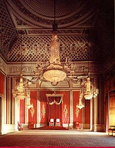 king's throne room at DuckDuckGo King On Throne, Throne Room, State Room, The Royal Collection, Backdrop Design, Royal Residence, Miniature Rooms, Window Drapes, Ceiling Medallions