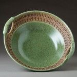 Beautiful Nature of Clay Green Stoneware Pottery Serving Bowl Thrown Pottery, Pottery Plates, Pottery Vase, Ceramic Plates, Ceramic Pottery, Earthenware, Stoneware, Pottery Designs, Pottery Ideas