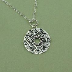 Mandala Halskette  Sterling silberMandalaSchmuck  von TheZenMuse, $34.00