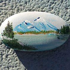 Mis primeras #piedraspintadas. #montañas #paisaje #mar #arte #hobby #tiempolibre