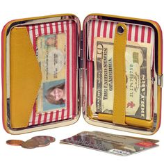 The Medusa pocket frame wallet -- adorably scary!